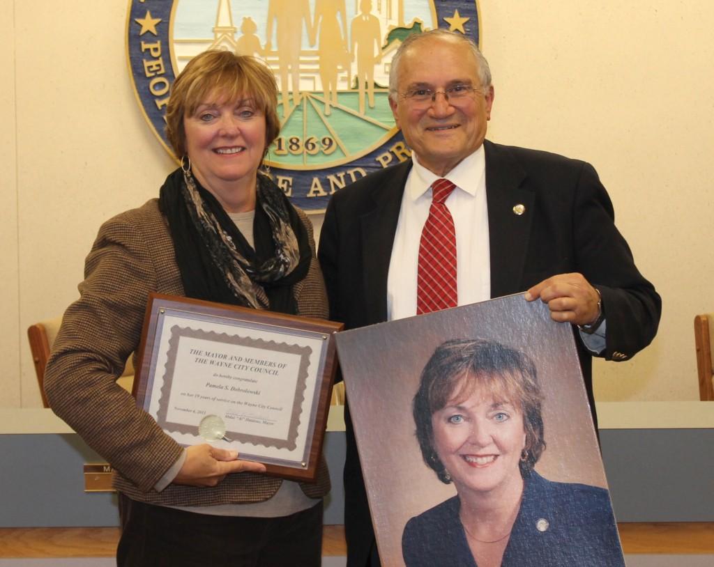 Pam Dobrowolski and Mayor Al Haidous,
